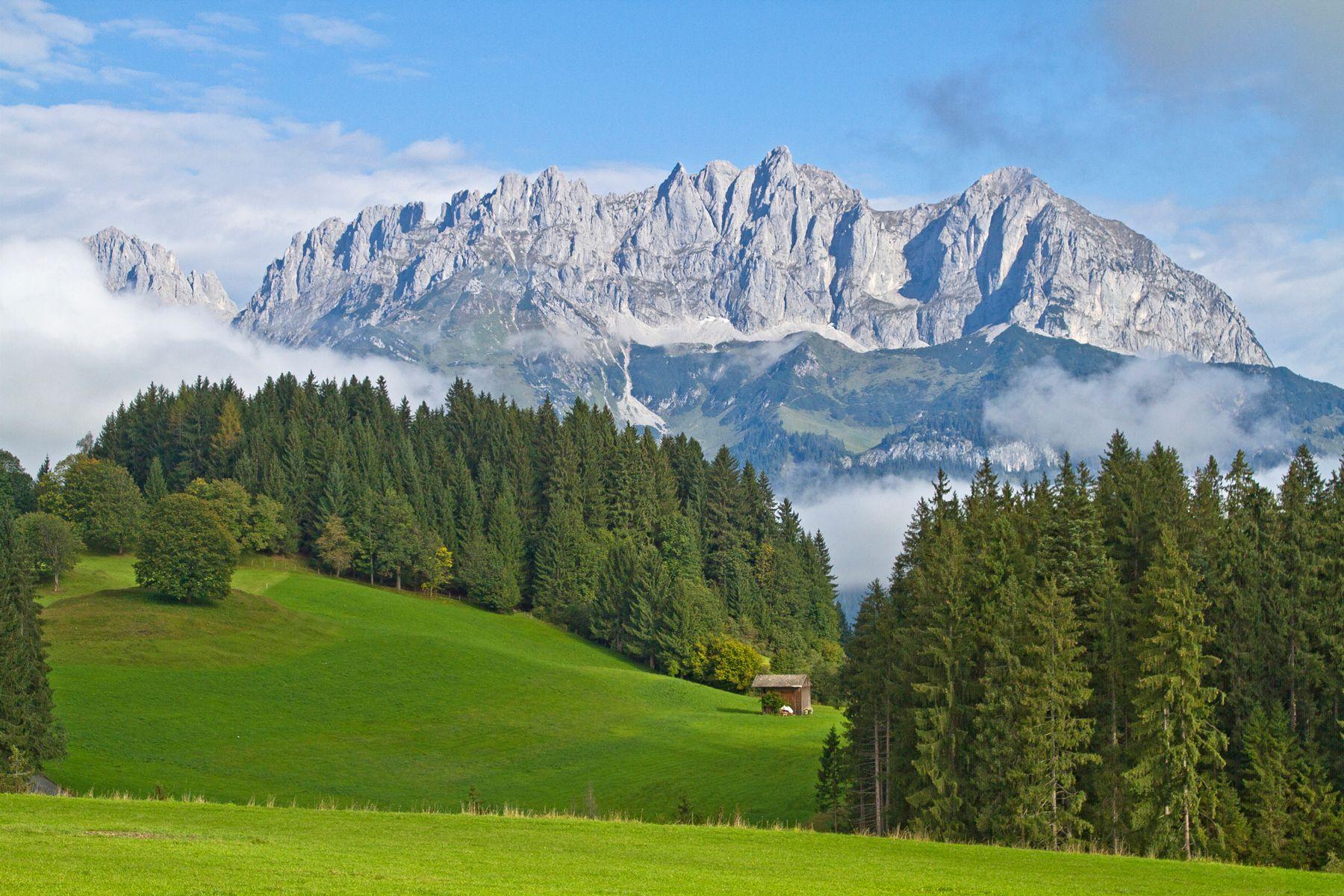 Kaisergebirge iStock599911856 web