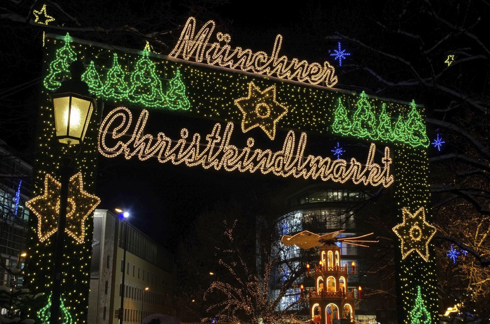 Munchner Christkindlmarkt 01