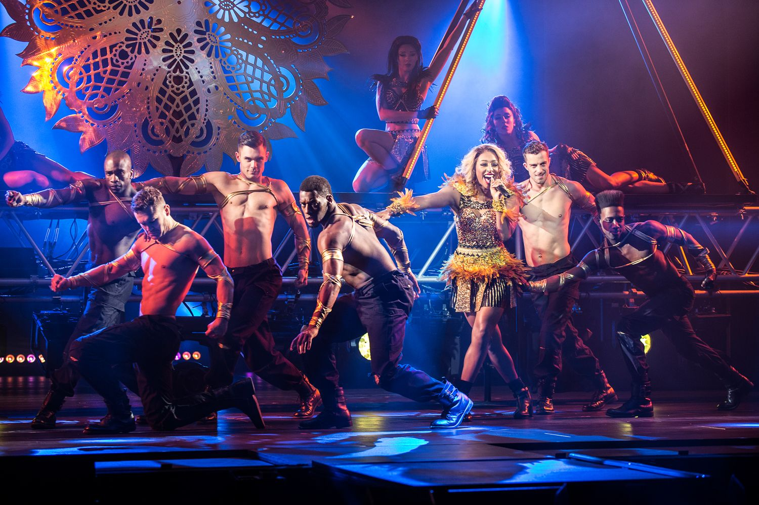 The Bodyguard UK Tour Alexandra Burke Paul Coltas WEB 01